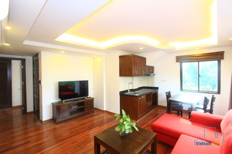 Ly Thuong Kiet Street, Nice & Bright 2 bedroom apartment for